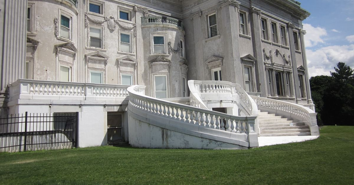 The Gilded Age Estates of Staatsburg, New York