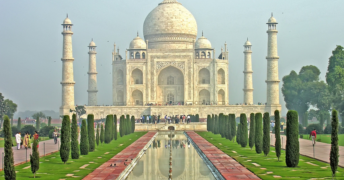 13 Facts About the Taj Mahal and Its Equally Fascinating