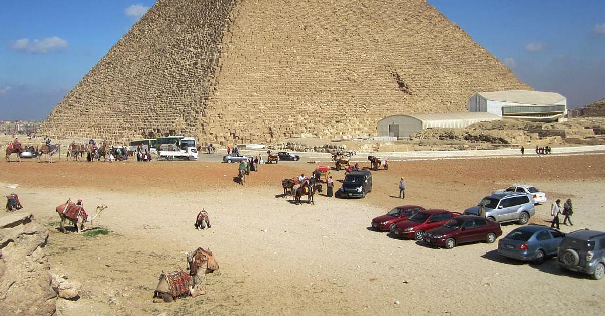 Great Pyramid Of Giza World History Encyclopedia