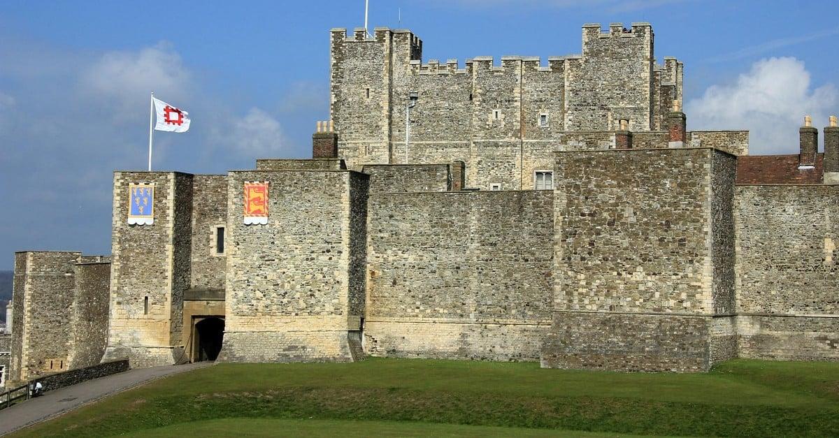 Medieval Castle World History Encyclopedia