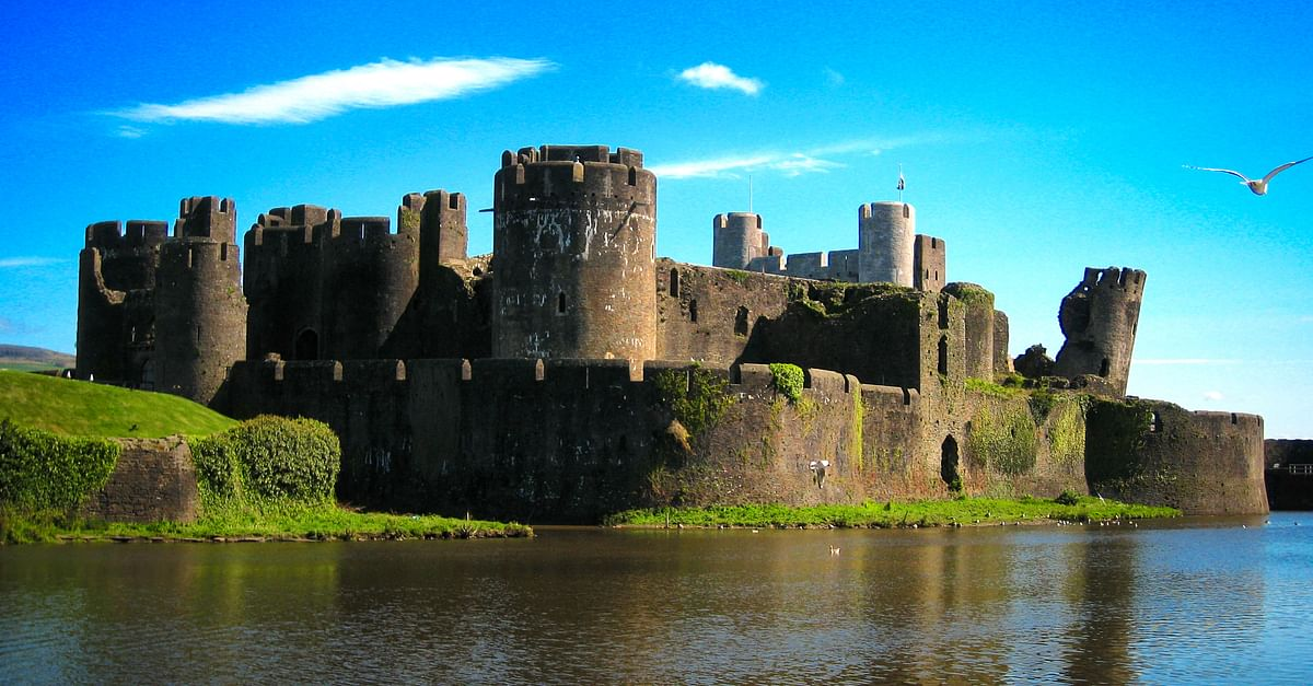 Caerphilly Castle - Ancient History Encyclopedia