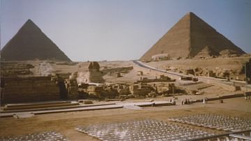 The Pyramids of Giza, Aerial View (Illustration) - Ancient