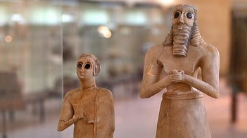 Sumerian Worshipers from Tell Asmar at the Iraq Museum