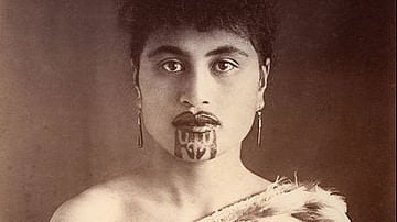 Maori Woman with Chin Moko