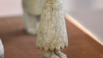 Votive Statue of Male Worshiper, Tell Asmar Hoard