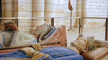 Tomb of Henry II of England & Eleanor of Aquitane