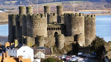 10 Great Castles in England & Wales