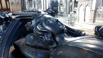 Effigy of Eleanor of Castile, Lincoln Cathedral