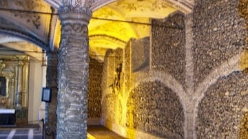 Skulls, Temples & Churches: A Visit to the Walled City of Evora