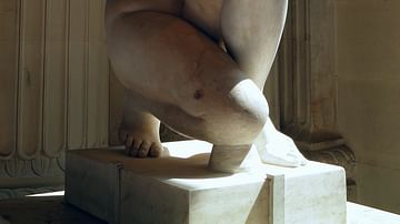 Crouching Aphrodite, Louvre