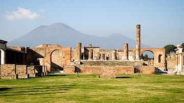 A Visitor's Guide to Pompeii