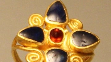 Roman Gold & Saphire Ring