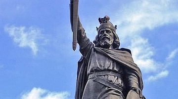 Alfred the Great Statue, Winchester