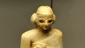 Statue of a Sumerian Woman