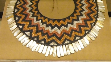 Chimu Spondylus Shell Necklace