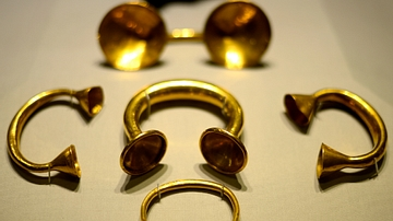Gold Bracelets & Dress Fastner from Ancient Ireland