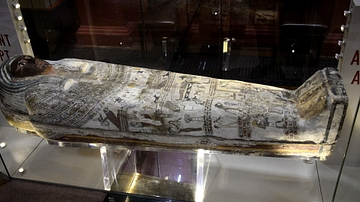 Coffin of Diefiawet contaning a Ptelomaic mummy
