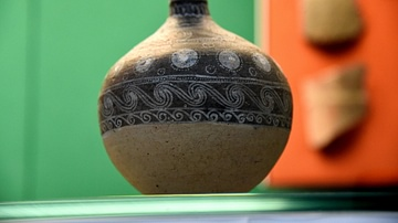 Flask of Atchana Ware from Alalakh