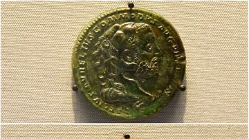 Medallions showing Commodus as Hercules
