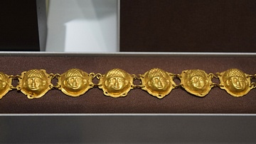 Etruscan Gold Jewelry