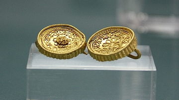 Gold Earrings, Herakleia