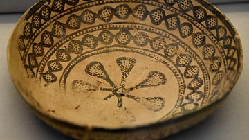 Late Halaf Pottery Bowl