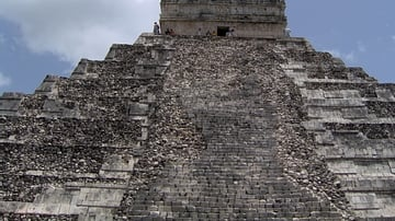 Stairway, Temple of Kukulcan, Chichen Itza