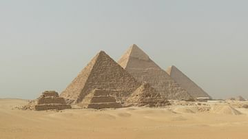 The Great Pyramid of Giza: Last Remaining Wonder of the Ancient World