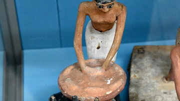 Egyptian Model of Servant Brewing Beer