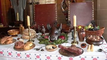 Food in an English Medieval Castle