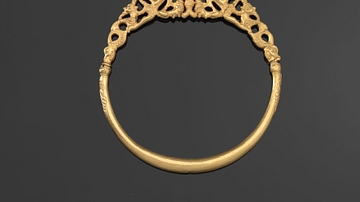 Protection for Travellers, Gold Ring, 390 BCE