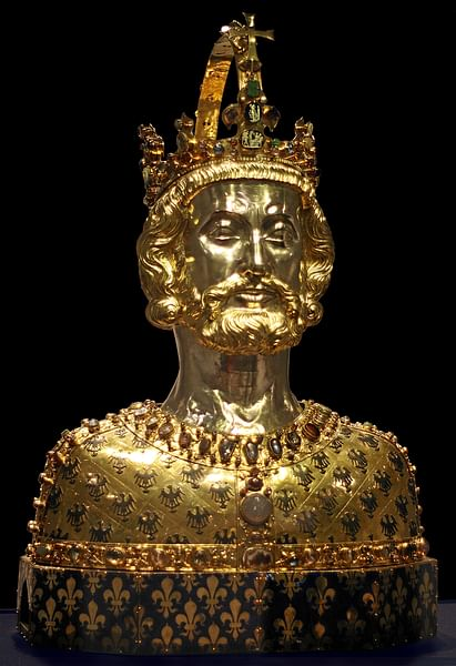 Bust of Charlemagne (by Beckstet, CC BY-NC-SA)