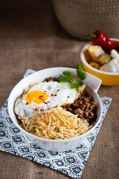 Ground Meat with Egg and Matchstick Potatoes