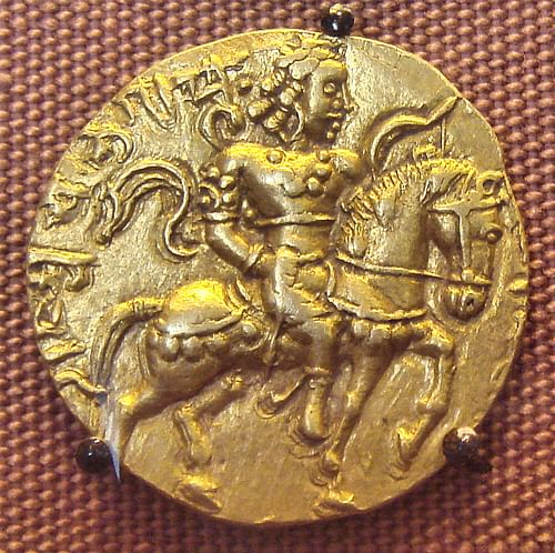 Coin of Chandragupta II (by PHGCOM, CC BY-SA)