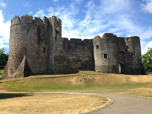 Chepstow Castle (by Rory Lawton, CC BY-SA)