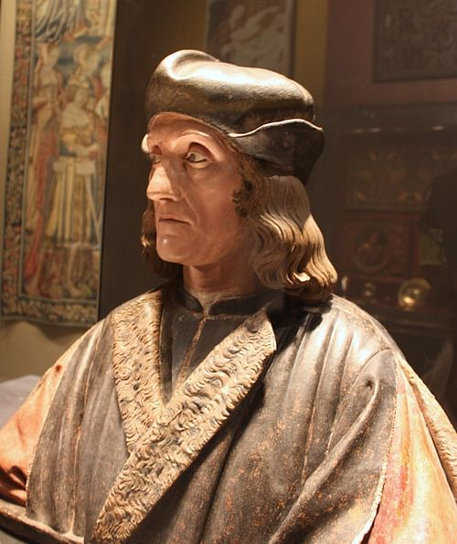 Bust of Henry VII of England (by va_va_val, CC BY-SA)
