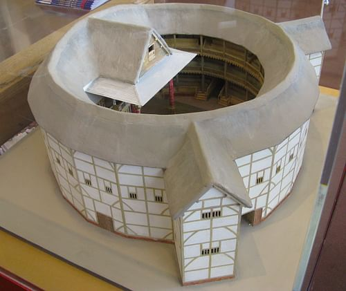 Globe Theatre Model (by Yair Haklai, CC BY-SA)