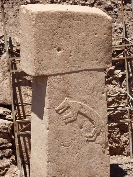 Göbekli Tepe, Pillar with Sculpture of a Fox
