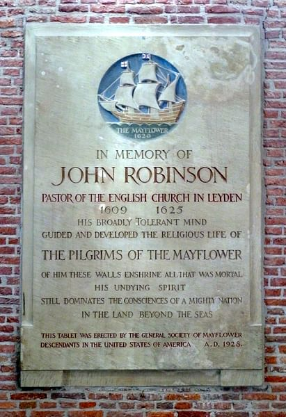 Mayflower Plaque in Leiden (by grevillea., CC BY-NC)