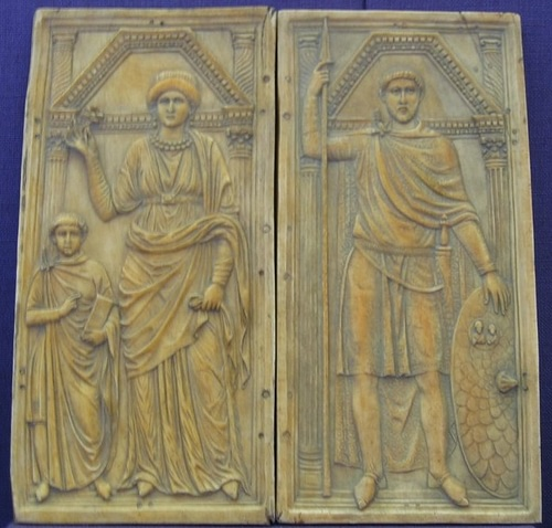 Stilicho with His Wife & Son (by Bullenwächter, CC BY-NC)