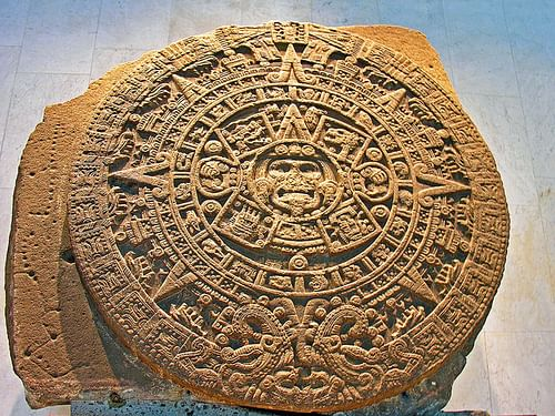Aztec Sun Stone (by Dennis Jarvis, CC BY-SA)