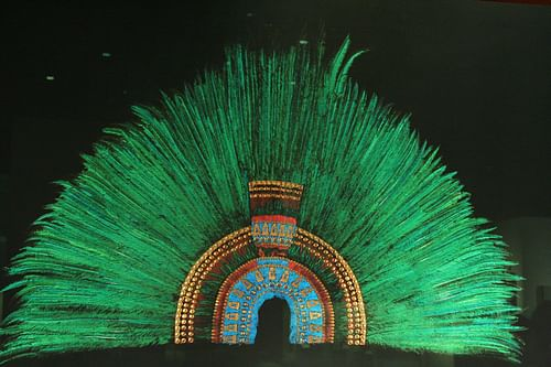 Headdress of Motecuhzoma II (by Jonathan)