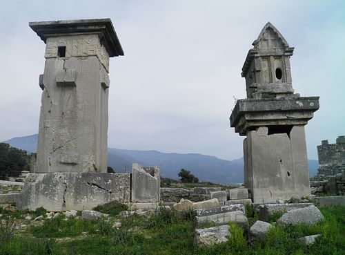 Lycian tombs, Xanthos (by Carole Raddato, CC BY-SA)