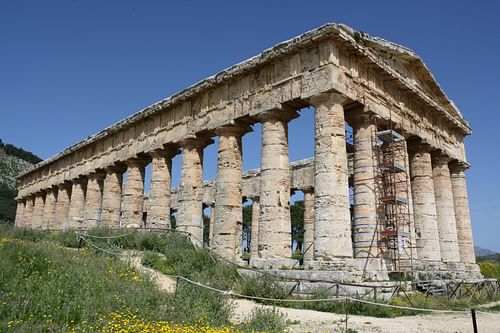 Doric Temple, Segesta (by Mark Cartwright, CC BY-NC-SA)