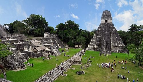 Tikal Main Plaza (by chensiyuan)