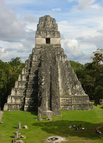 Maya Maya Day