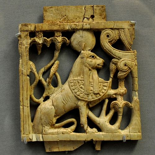 Phoenician Ivory Sphinx Plaque (by Osama Shukir Muhammed Amin, CC BY-NC-SA)