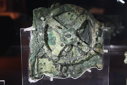 Antikythera Mechanism (by Mark Cartwright, CC BY-NC-SA)