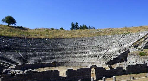 Theatre of Dodona (by Ana Belén Cantero Paz)