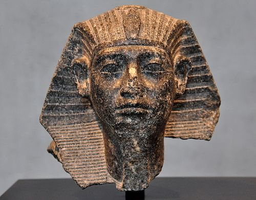 Head of Senusret III (by Osama Shukir Muhammed Amin, CC BY-NC-SA)